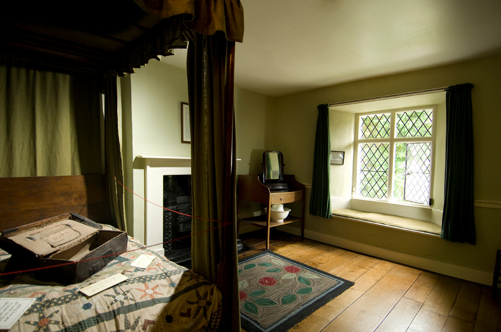 Bedroom in Dove Cottage